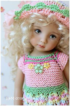 R-M-DOLLFASHION-handknit-set-for-Effner-13-Kish-14-DOLLMORE-NARSHA-BJD-dolls. Sold for $73.99 on 6/11/14. From Russia.