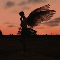 angel, Angel Wings, and fallen angel image Male Angels, Angels And Demons, Rafael Miller, Angel Images, Ange Demon, Angel Aesthetic, Dark Photography, Character Aesthetic, Angel Art