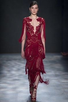 http://www.vogue.com/fashion-shows/fall-2017-ready-to-wear/marchesa/slideshow/collection
