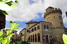Torre dell'Orologio di Montecarotto. #marche #marchetourism #destinazionemarche  Foto di Elio Sebastianelli.