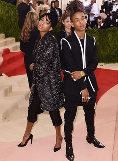 The Smith siblings brought some serious attitude to the event in matching monochrome looks. Willow went for Chanel, while Jayden was wearing Louis Vuitton. #TopshopStyle #MetGala