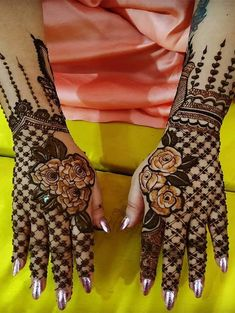 Nowadays there are a variety of sorts of mehndi motifs and designs available for women to choose from. For increasingly present day and whimsical patterns attempt Moroccan or bay mehndi designs which are progressively negligible in nature. Dulhan Mehndi Designs, Rose Mehndi Designs, Full Hand Mehndi Designs, Henna Art Designs, Mehndi Designs For Girls, Stylish Mehndi Designs, Mehndi Design Photos, Wedding Mehndi Designs, Mehndi Designs For Fingers