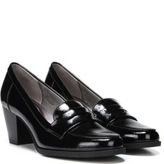 Women's Jordyn Medium/Wide Pump at Naturalizer.com