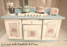 Kitchen unit with cooker 1/12 dolls house by FloraDollhouse
