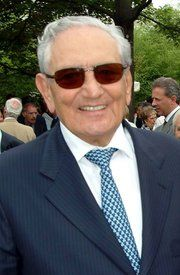 Michele Ferrero, Tycoon Who Gave the World Nutella (he died on Valentine's Day 2015). At the time of his death, he was an Italian expatriate in Monte Carlo, Monaco.