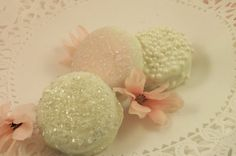 Hey, I found this really awesome Etsy listing at http://www.etsy.com/listing/100594041/white-chocolate-covered-oreos-weddings