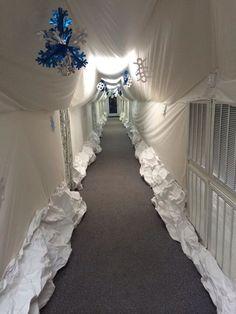 Glacier hallway for Everest VBS
