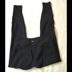 Lululemon black yoga skinny  pants Lululemon fantastic  yoga  pants in new condition  lululemon athletica Pants Capris