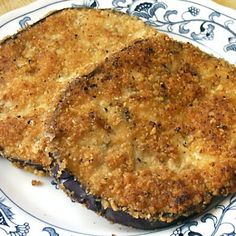 Low carb breaded chicken - uses crushed pork rinds and parmesan cheese for the breading. Fried Eggplant Recipes, Pan Fried Eggplant, Eggplant Fries, Eggplant Dishes, Low Carb Menus, Low Carb Recipes, Cooking Recipes, Atkins Recipes, Breaded Chicken Cutlets