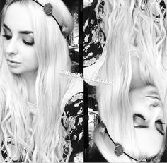 piinksparkles black and white This is probly one of my favorite pictures I love the black and white her hair her outfit and the double picture with the upside down thing I just love it