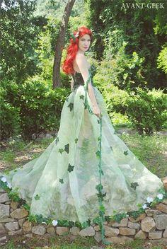 10 Elegant Poison Ivy Designs