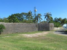 In the century the Isle of Pines in southern New Caledonia, South Pacific, was a penal colony and the walls at the administrative center at Kuto were designed to defend against rebellions. Penal Colony, South Pacific, Colonial, 19th Century, Sidewalk, Southern, Walls, Design, Wands