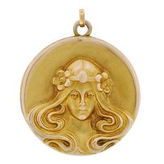 A. Brandt + Son - Art Nouveau 14kt Repousse Locket with Woman | JV