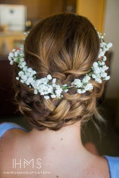 Beautiful! Braided baby's breath updo for wedding