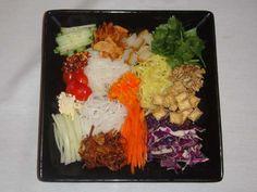 Mandalay Restaurant, Rainbow Salad. First in SF Burmese Cuisine. So delicious ! Must replicate