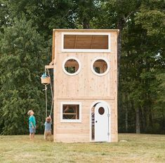 Have kids? Build a backyard playhouse or treehouse! Get inspired by these DIY backyard playhouses. Childrens Outdoor Playhouse, Modern Playhouse, Outside Playhouse, Backyard Playhouse, Build A Playhouse, Backyard Playground, Outdoor Forts, Outdoor Playhouses, Cubby Houses