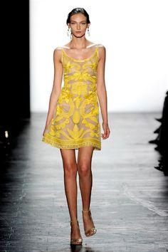 Sfilate di Moda Donna Primavera Estate 2016 Dennis Basso