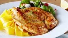 Classic Italian chicken breast recipe, with zesty lemon and rich glossy sauce. Italian Chicken Breast, Fettuccine Pasta, Chicken Piccata, My Cookbook, Main Meals, Chicken Recipes, Cooking Recipes, Stuffed Peppers, Dishes