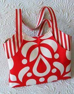 Like this bag pattern, from a nice lady in Romania.