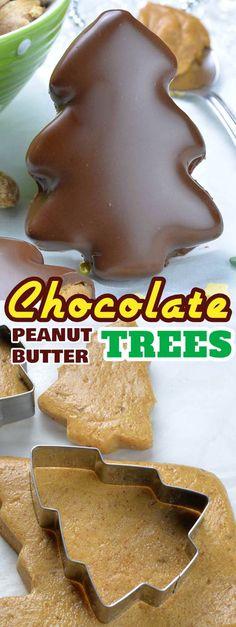 These homemade Chocolate Peanut Butter Christmas Trees are just like your favorite Reese's Peanut Butter Cups disguised as a fun and festive Christmas dessert! Köstliche Desserts, Holiday Desserts, Holiday Baking, Holiday Recipes, Delicious Desserts, Dessert Recipes, Christmas Recipes, Healthy Desserts, Healthy Meals