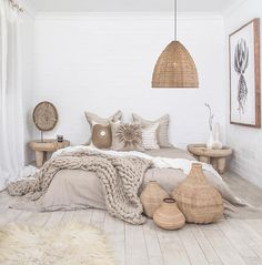 17 Scandinavian Bedroom Designs That Will Thrill You is part of Scandinavian design bedroom - Today we present some beautiful pictures of Scandinavianstyle bedrooms Scandinavian style in the interior is primarily mix of simplicity, functionality Scandinavian Bedroom Decor, Neutral Bedroom Decor, Cozy Bedroom, Modern Bedroom, Summer Bedroom, Natural Bedroom, Bedroom Black, Scandinavian Design, Costal Bedroom