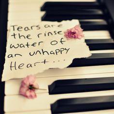 Life Quotes , tears , Unhappy heart =(