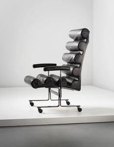 Joe Colombo; Chromed Steel and Leather Prototype 'Roll' Armchair for Sormani, c1976.