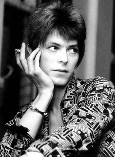 David Bowie = He adapted to the times, cudos