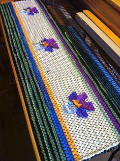 Weaving Art, Hand Weaving, Woven Rug, Handicraft, Fiber Art, Bookkeeping Business, Rag Rugs, Sewing, Inspiration