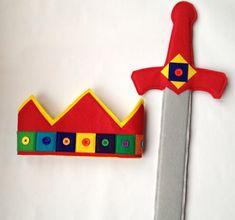 Fieltro espada real y corona conjunto