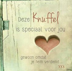 Love & hug Quotes : Leuk als houten decoratie! - Quotes Sayings Hug Quotes, Words Quotes, Best Quotes, Love Quotes, Inspirational Quotes, Sayings, Dutch Words, Facebook Quotes, Dutch Quotes