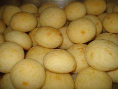 Aprenda a preparar a receita de Pão de queijo fácil e delicioso
