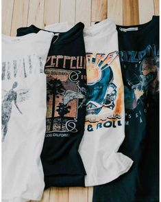 Shop Womens Free Bird Graphic Band Tee … and other curated products on LIKEtoKNOW.it, the easiest way to shop everything from your favorite influencers. Band Shirt Outfits, Graphic Tee Outfits, Neo Grunge, Grunge Style, Casual Chic Style, Cute Casual Outfits, Casual Dresses, Look Fashion, Fashion Outfits