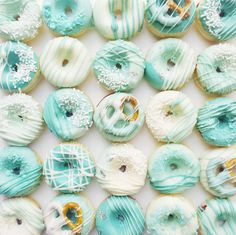 This Ombre Donuts recipe is so yummy + pretty.