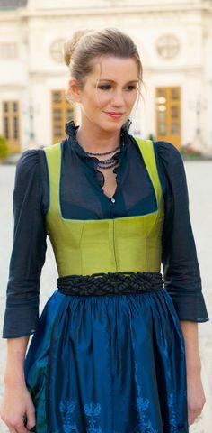 Modern Austrian Dirndl - Gössl Salzburg Great color combination!