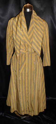 Rare Vintage 40's Marshall Field & Company 3 Pc Robe w/Belt + Matching Ascot 34 - Use PINKGIRL10 for 10% until 3/16