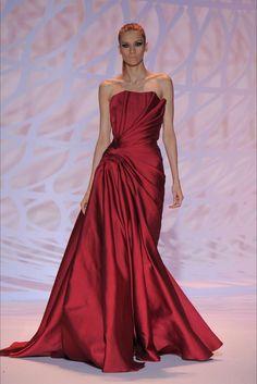 Abiti da sposa rossi 2015 - Abito plissè Zuhair Murad