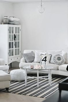Beautiful lounge/living room via House of Philia