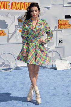 Charli XCX aux MTV Movie Awards 2015