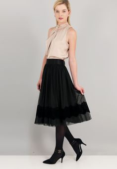 07475333a84 Οι 46 καλύτερες εικόνες του πίνακα ΦΟΥΣΤΕΣ ~ SKIRTS | Black skirts ...