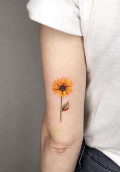 Small Tattoos - Aesthetic Small sunflower tattoo on arm, Small tattoo design for woman, simple tattoo ideas, prett - Sunflower Tattoo Simple, Sunflower Tattoo Sleeve, Sunflower Tattoo Shoulder, Small Sunflower, Sunflower Tattoos, Sunflower Tattoo Design, Watercolor Sunflower Tattoo, Watercolor Tattoo, Cool Small Tattoos