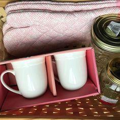 Happy Happy Hump Day! Hope you enjoy my Tk Maxx 🛍 finds as much as I do! #pink #masonjars #coffeemug #ovenmitt #happyhumpday🐫 #everythingemeraldblog #everythingemeraldblogcomingsoon