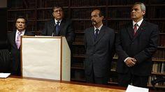 MARTES 18 DE MARZO DEL 2014 | 20:51 El Apra pide al Ejecutivo iniciar un verdadero y amplio diálogo Para el partido, el Gobierno debe reflexionar por la situación que se generó por el voto de confianza al Gabinete Cornejo