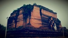 Onafgewouwde pagode