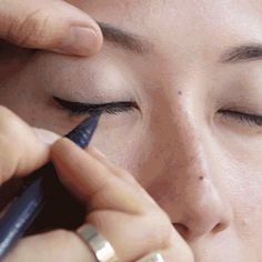 GIF Lesson: How to Apply Liner on Asian Eyes: Japanese makeup artist Munemi Imai, whose clients include Solange Knowles, Tao Okamoto, and a bevy of Victoria's Secret models, provides insight into how to properly apply makeup to almond-shaped eyes.