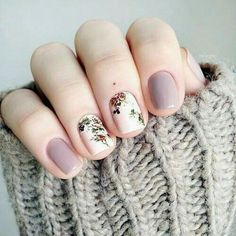 Beautiful nail art designs that are just too cute to resist. It's time to try out something new with your nail art. Nagellack Design, Nagellack Trends, Cute Nails, Pretty Nails, Fancy Nails, Hair And Nails, My Nails, Uñas Fashion, Spring Fashion