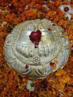 Om sai ram Indian Spirituality, Sai Baba Wallpapers, Sathya Sai Baba, Divine Grace, Om Sai Ram, God Pictures, Hindus, Indian Gods, Spiritual Life