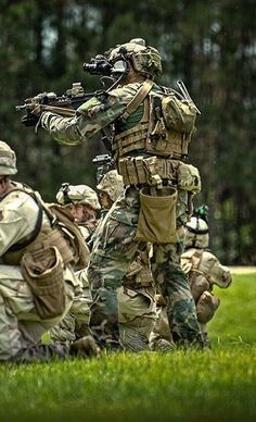 Airsoft hub is a social network that connects people with a passion for airsoft. Talk about the latest airsoft guns, tactical gear or simply share with others on this network Tactical Equipment, Military Equipment, Tactical Gear, Armas Airsoft, Marsoc Marines, Marine Raiders, Military Special Forces, Airsoft Gear, Paintball Gear