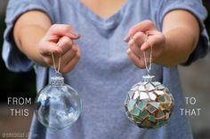 Wat een shiny kerstboom wordt dit! (kerstbal beplakken met stukjes cd)