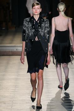 Sharon Wauchob Spring 2015 Ready-to-Wear - Collection - Gallery - Look 1 - Style.com
